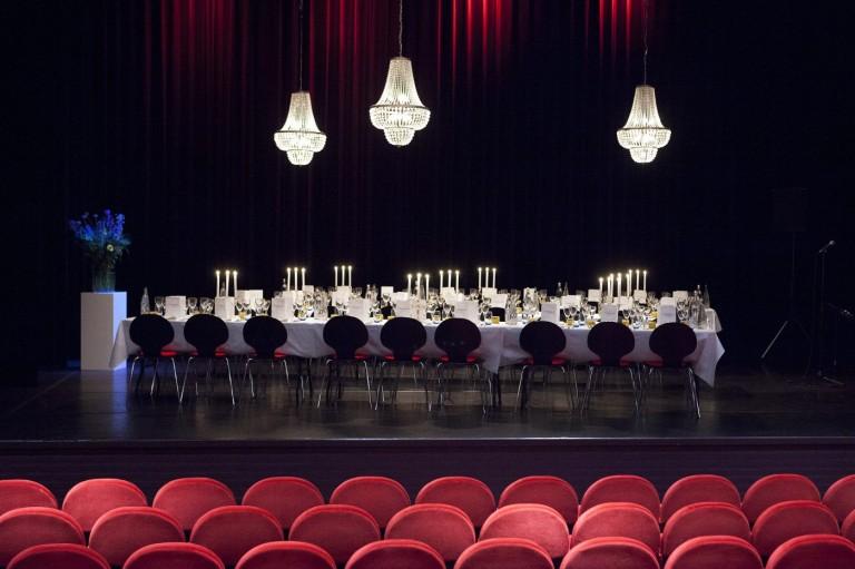 Diner op toneel - Theater de Speeldoos baarn - Ton Kastermans Fotografie